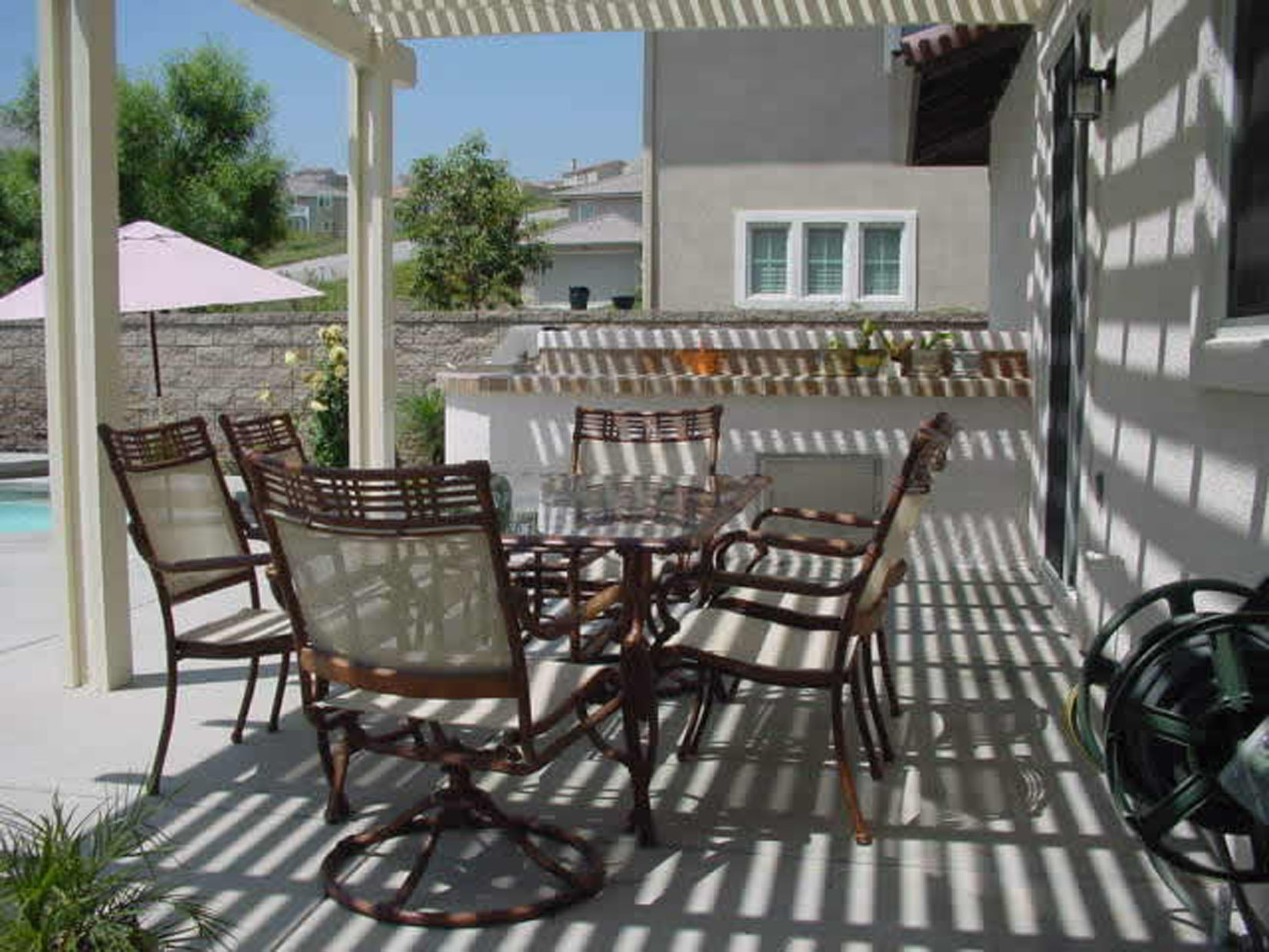 Patio covers how to build your own pool how to build for How to build a patio cover